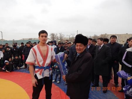 В Мунайлинском районе прошли соревнования по казахша курес