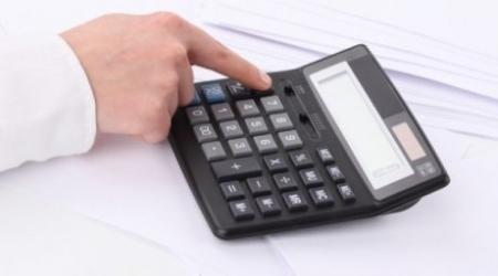 Министра образования попросили разрешить пользоваться калькулятором во время ЕНТ