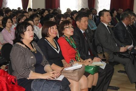 Зинаш Жандильдина: Прием заявлений от школьников на сдачу ЕНТ закончится 25 апреля