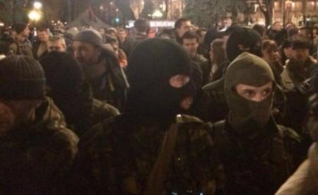 """""""Правый сектор"""" обещает сегодня """"мирную акцию"""" под Верховной Радой"""