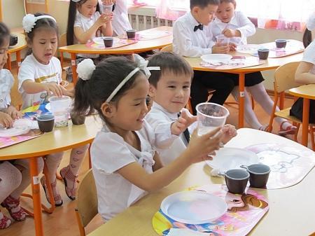 В двух детских садах Актау прошли семинары по изучению казахского языка в русских группах