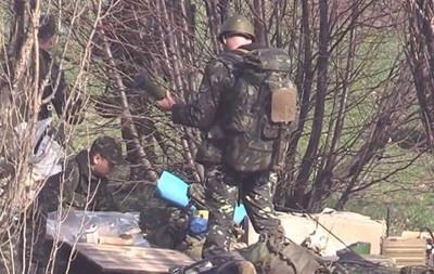 Самолет с силовиками, вооруженными гранатометами, прилетел в Донецк - СМИ