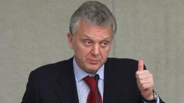 Таможенный союз не будет менять рубль и тенге на алтын - Христенко