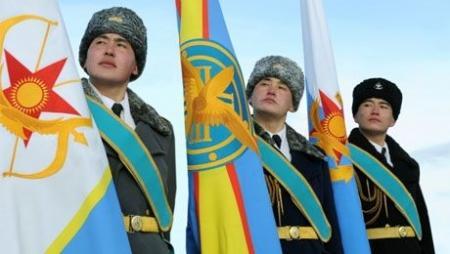 Министерство обороны РК с 1 апреля увеличивает зарплату гражданским служащим
