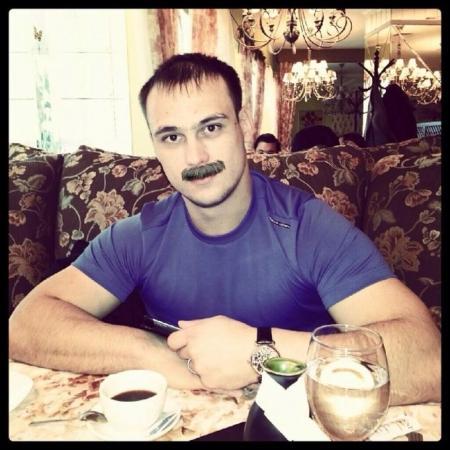 """Возвращение Масимова в правительство в Facebook отметили """"усатым"""" флешмобом"""