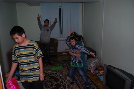 Семья Утюшевых переехала во временную квартиру