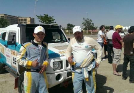 Экипаж Сазонова вошел в десятку сильнейших в прологе Abu Dhabi Desert Challenge