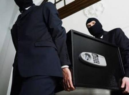 В Актау из кафе «Теремок» вынесли сейф, в котором находилось более 800 тысяч тенге