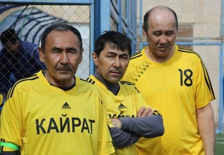 В Актау стартовал турнир по мини-футболу среди ветеранов