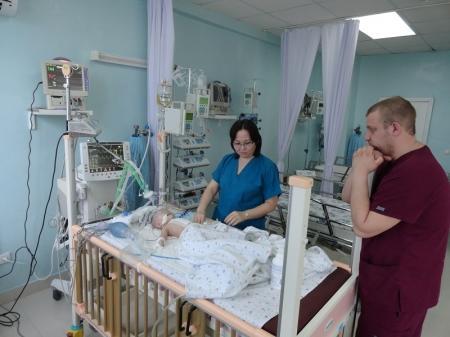 В Актау кардиохирурги сделали операцию на сердце пятимесячному ребенку