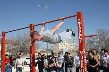 В Актау прошел открытый городской чемпионат по «street workout»