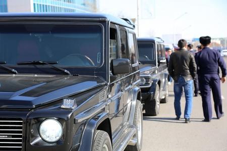 В Актау за выходные дни оштрафовано более двух десятков водителей из свадебных кортежей