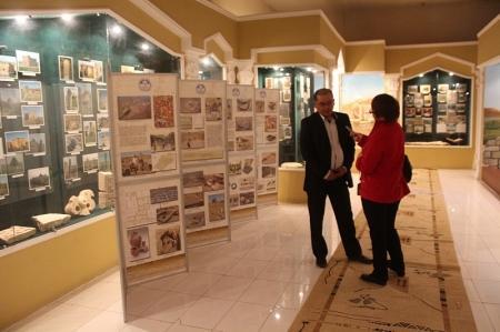 В Актау открылась передвижная выставка, посвященная памятникам истории и культуры Мангистау