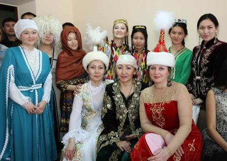 В Актау сотрудники подразделений ДЧС организовали конкурс национальных блюд «Тайказан»
