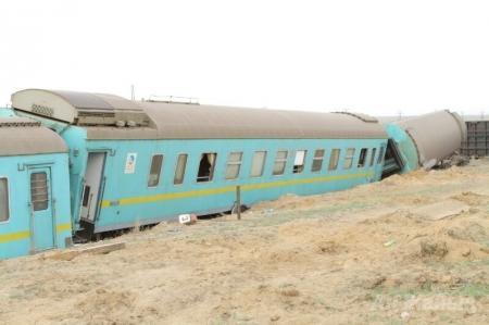 МЧС РК и акимат Атырауской области провели брифинг, где огласили первые данные о последствиях крушения поезда