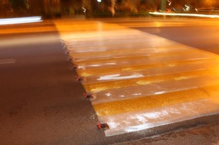 В Актау появился инновационный пешеходный переход