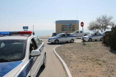 В Актау за выходные дни оштрафованы 20 водителей свадебных кортежей