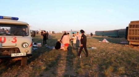 Врачи прокомментировали состояние пострадавших при сходе вагонов в Атырауской области