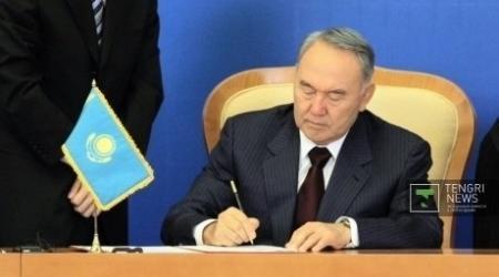 """Казахстанцам официально запретили владеть """"травматикой"""""""