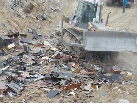 В Актау уничтожена партия игровых автоматов