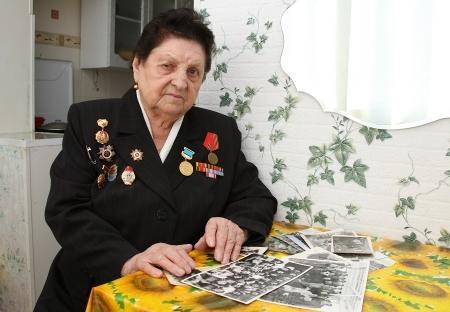 В Актау ветеран Великой Отечественной войны Анна Морозова отмечает 90-летие