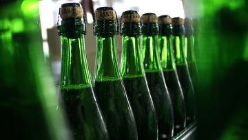 Запрет на ввоз и реализацию алкогольной продукции в Казахстане перенесен на 1 октября 2014 года