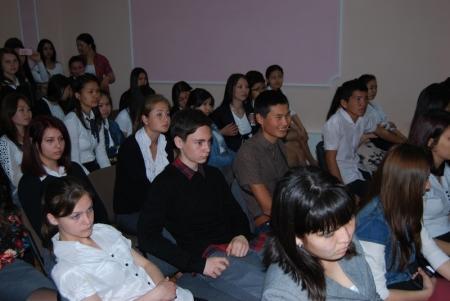Мангистауский колледж туризма отпраздновал День единства народа Казахстана