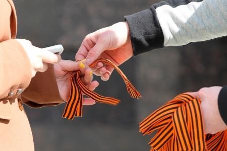 В Казнете разгорелись споры из-за георгиевской ленты