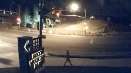 Камера засняла внезапное исчезновение человека