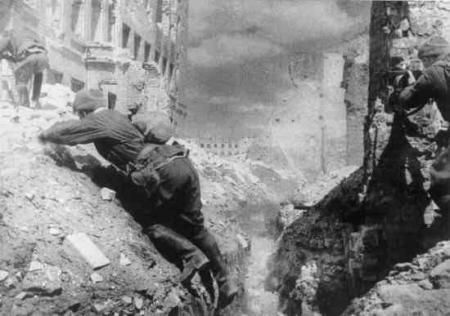 Участник Сталинградской битвы Имят Сунтаев: Даже ранеными мы рвались в бой