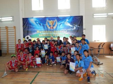 В Мунайлы  прошли соревнования по мини-футболу на Кубок акима района
