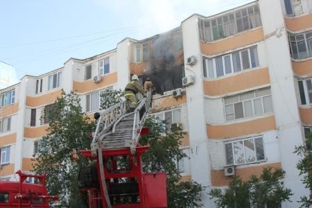 В Актау семилетний ребенок устроил пожар в квартире