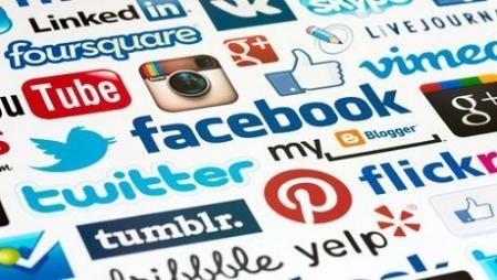 Чем занимаются акимы в социальных сетях