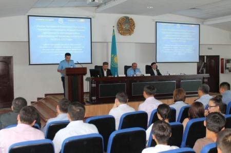 Актауским студентам рассказали про терроризм и экстремизм
