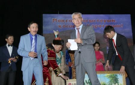 В Актау прошел творческий вечер Нурболата Нурдаулетулы