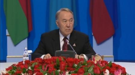 В ЕАЭС не будет дискриминации по языковому принципу - Назарбаев