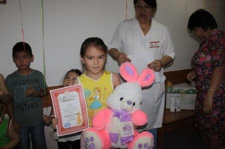 В Актауской детской областной больнице прошёл конкурс рисунков
