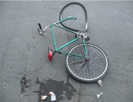В Мангистау 19-летний водитель насмерть сбил малолетнего велосипедиста