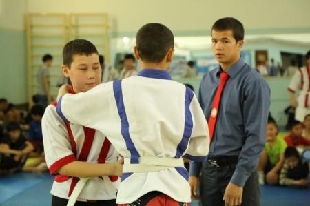 В Актау прошли соревнования по казакша курес