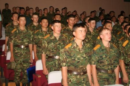 Солдаты-срочники актауской воинской части 6656 отправляются домой