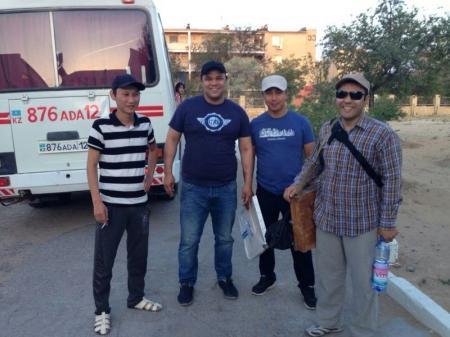 Молодых актауских художников отвезли к Шеркале