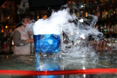 "Молекулярные коктейли в Актау презентовал бар ""Кристалл"""