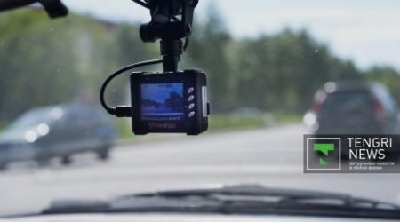 Установить в обязательном порядке видеорегистраторы в авто предложил генпрокурор