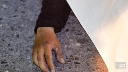 В Актау возле здания облсобеса обнаружен труп мужчины