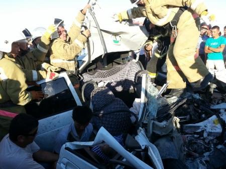 Один человек погиб и трое получили тяжелые травмы в дорожной аварии в Мангистау