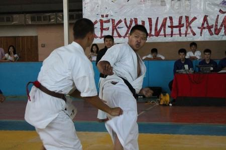 Актауские спортсмены завоевали наибольшее количество золотых медалей на Кубке РК по кекушинкай карате