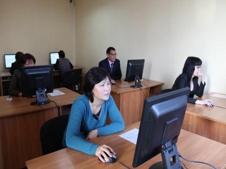 Сегодня госслужащие Мангистау отмечают профессиональный праздник