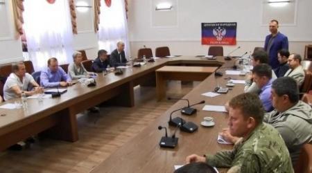 Ополченцы юго-востока Украины согласились прекратить огонь