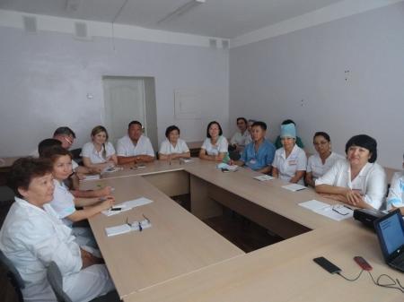 Персонал Мангистауской детской больницы обучают коммуникативным навыкам