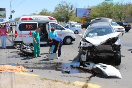 В Актау в результате ДТП погиб мотоциклист